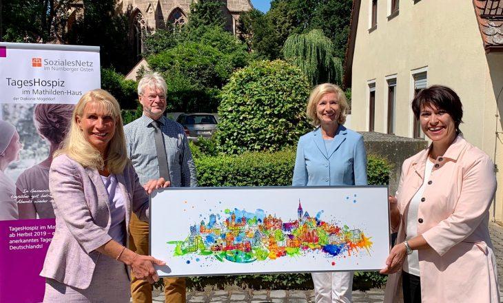 Birgit Osten unterstützt mit ihrer Kunst das Hospiz Nürnberg-Mögeldorf